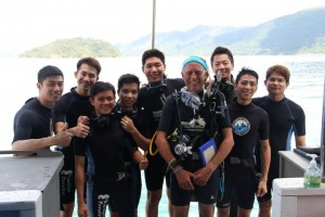 Ko Lipe Diving - Eric Tan and fun divers on boat