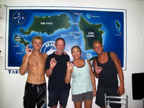 Ko Lipe Diving - newly certified PADI AOW Divers
